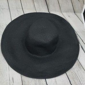 J. CREW BLACK Floppy Oversize Straw Beach Hat